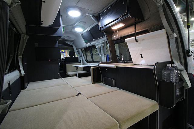 画像1: ひとり1台のベッドを装備/リンエイ「バカンチェス ふたりのくるま旅プライベート」