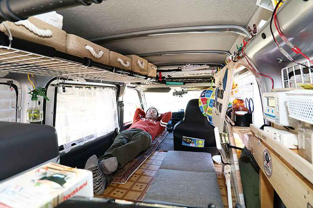 画像: 【車中泊の達人】大容量収納&電気を確保するこだわりDIY! 災害にも備える軽バン車中泊カー - アウトドア情報メディア「SOTOBIRA」