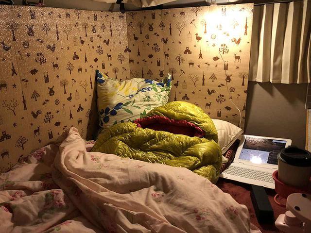 画像2: ソファベッド+毛布 or 寝袋