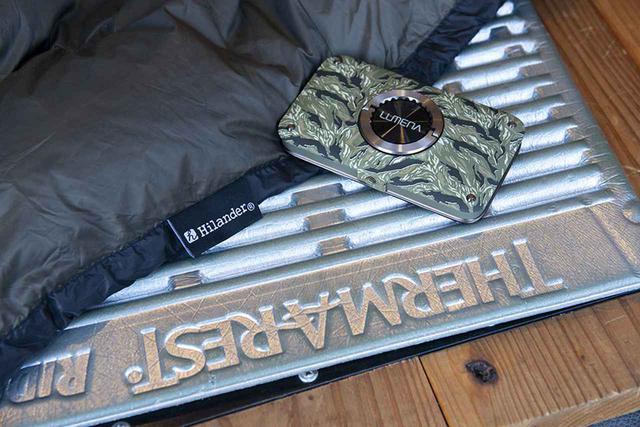 画像2: カフェ杉に登山用マット+寝袋
