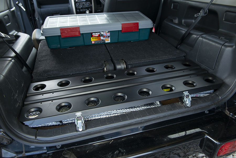画像2: ポイント④ 収納はラゲッジ下とコンテナボックス