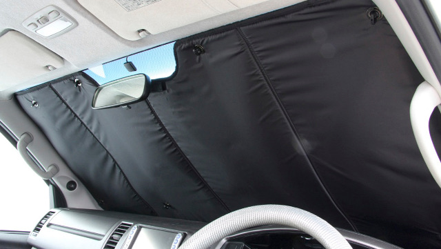 画像: 車中泊シェードで快眠しよう! おすすめシェード5選! - アウトドア情報メディア「SOTOBIRA」