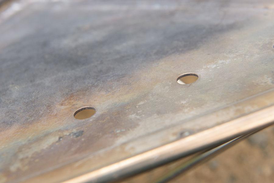 画像: ポイント① 1.5mmの板厚を採用し、軽さよりもタフさを追求