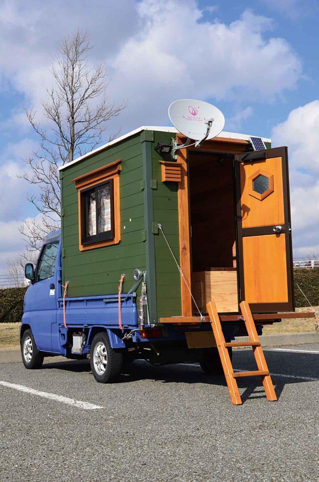 画像: 【車中泊の達人】まるで動くログハウス! ウッディでおしゃれな軽トラキャンパー - アウトドア情報メディア「SOTOBIRA」