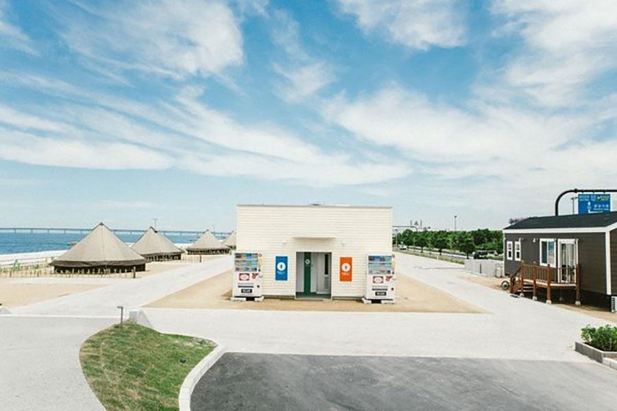 画像2: 海が目の前! 大阪の都市型キャンプ場内に開設!