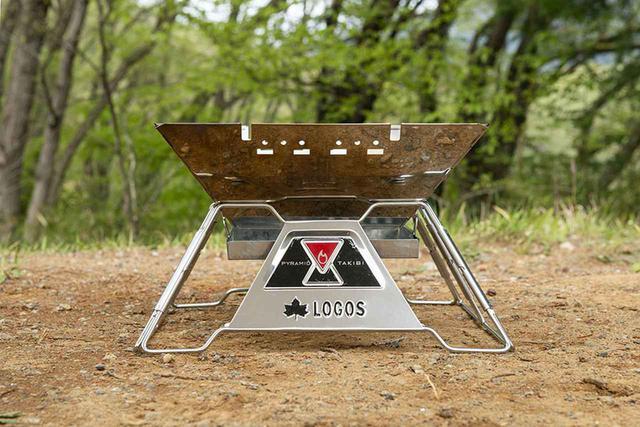 画像: 四角錐の土台に逆四角錐の炉を入れる構造は安定感が抜群。またこの逆四角錐の炉は炭の量の省エネ化や、壁面からの輻射熱を焼き面へ向かわせる効果も!