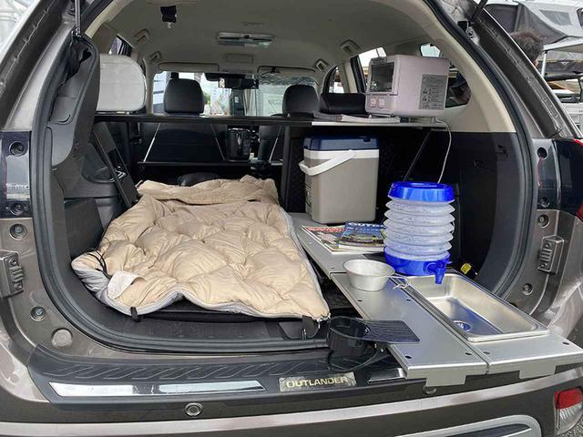 画像2: 車内でもキャンプ場でも活躍するラック爆誕/Beeuseful