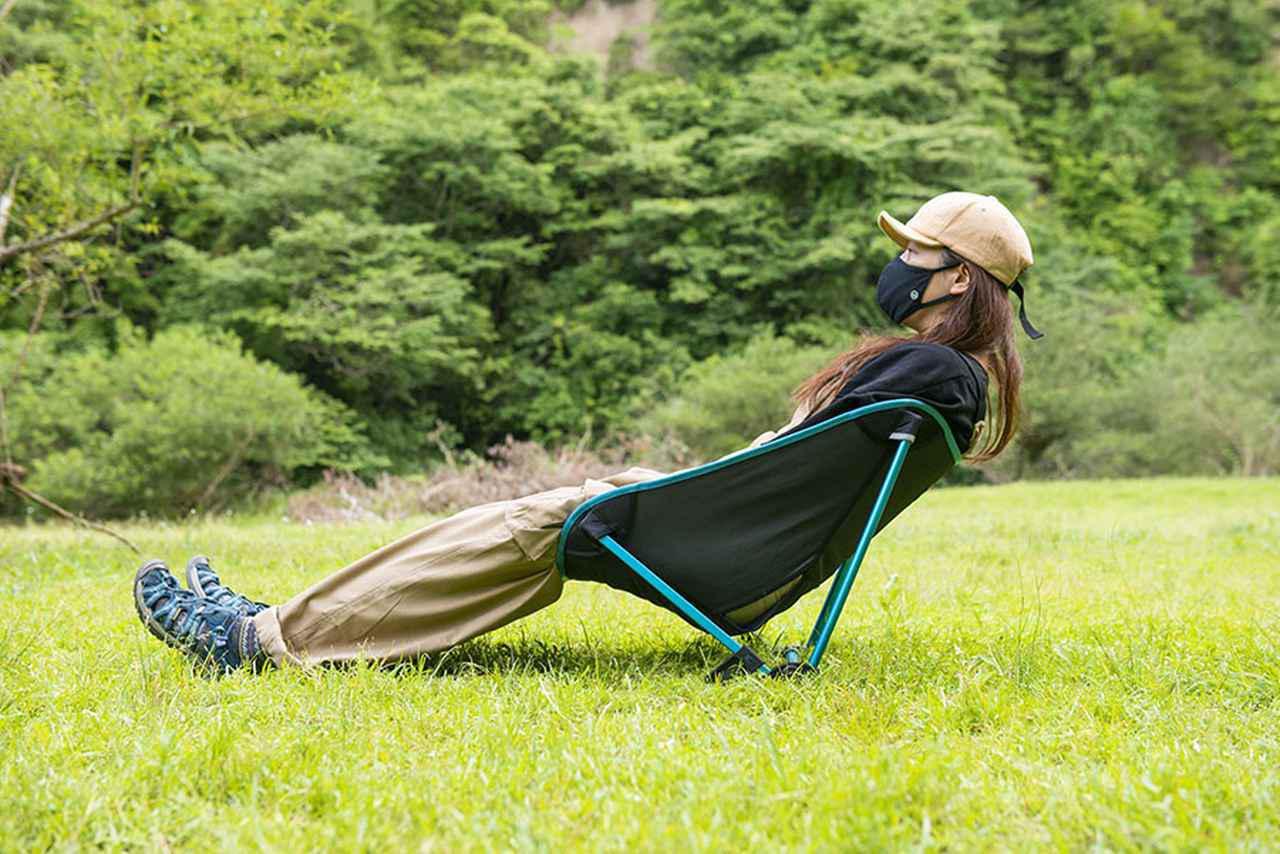 画像: ヘリノックス・フェスティバルチェアのリラックス度は? キャンプチェアインプレ② - アウトドア情報メディア「SOTOBIRA」