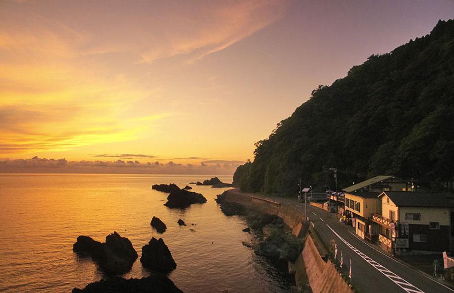 画像2: 日本海の絶景を大満喫できるRVパーク!