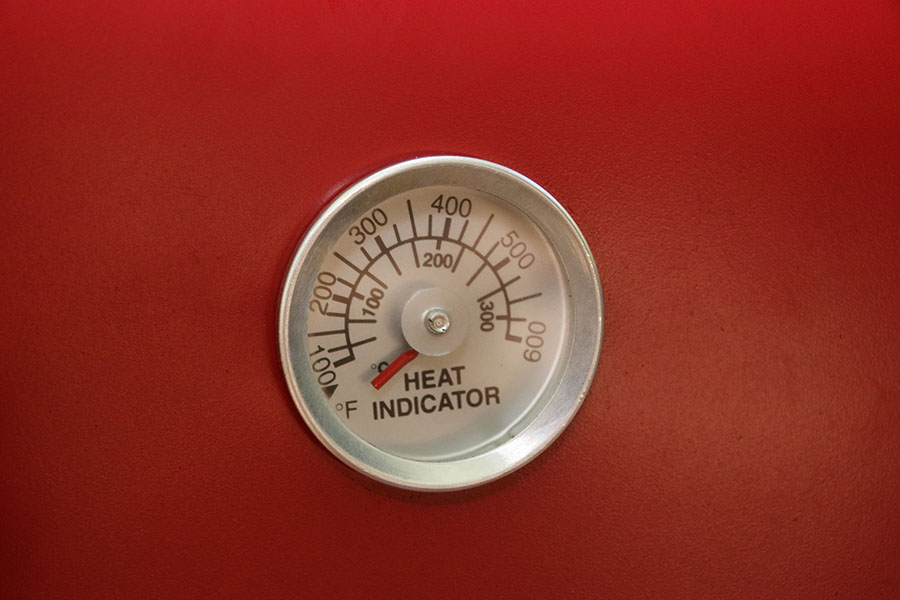 画像1: 温度計付きのオーブンならパンだって焼ける!