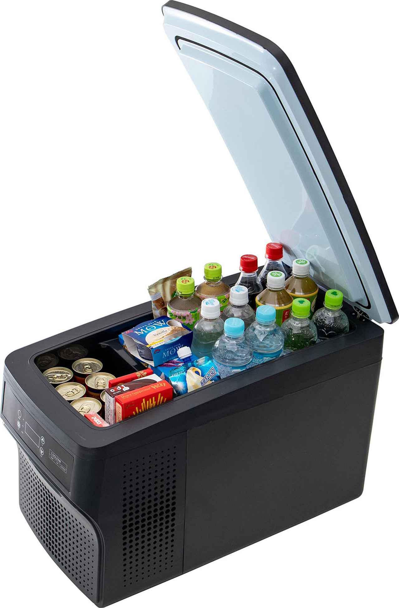 画像: 容量26Lタイプは1.5ℓボトルを6本、容量32Lタイプなら8本を収納可能。