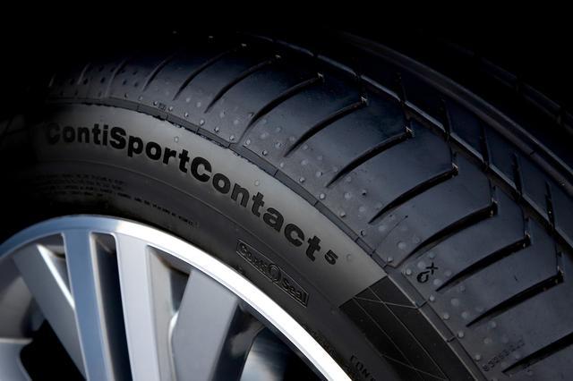 画像2: 【Continental Tires】パサート オールトラックにコンチネンタルタイヤが純正装着