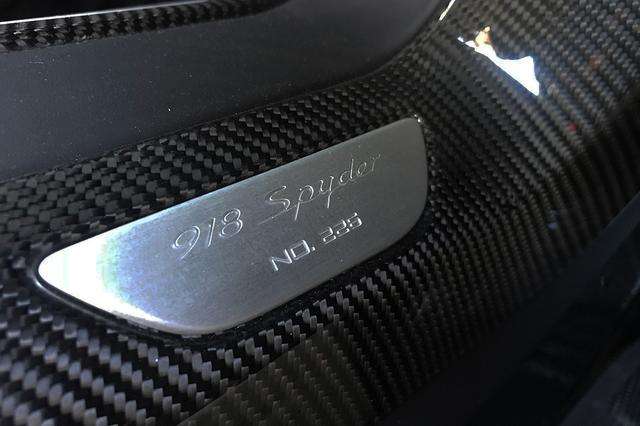 画像5: 「吉田由美、世界限定918台『ポルシェ918スパイダー』に乗る」の巻