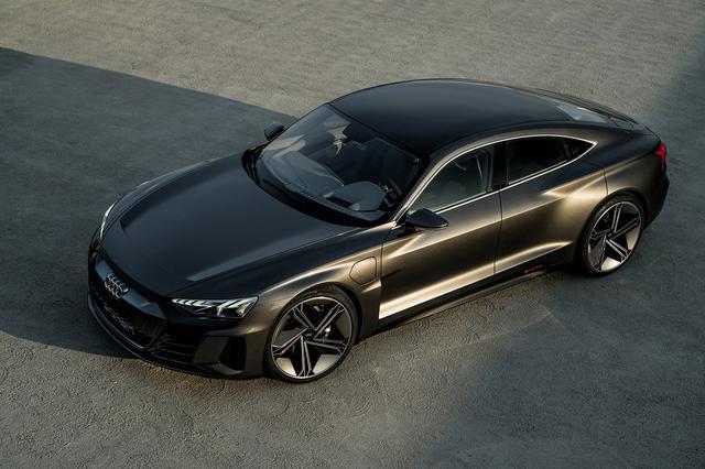 画像1: アウディがLAショーで「Audi e-tron GT concept」を発表