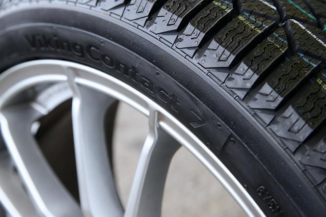 画像1: 【GTI Clubsport】コンチネンタルの新スタッドレスタイヤを試す