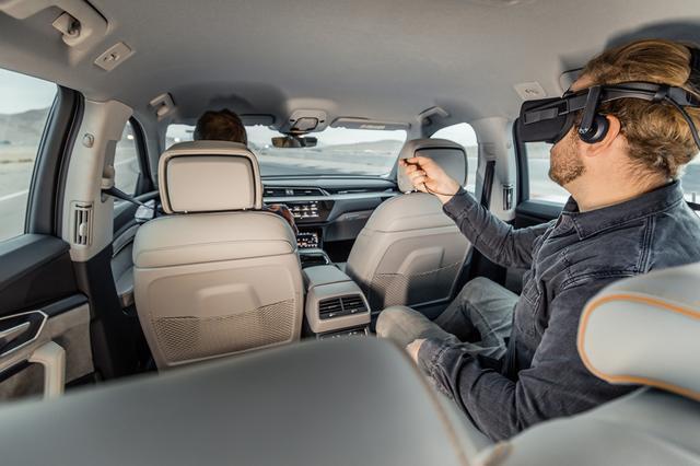 画像2: Audiがクルマの動きをVRコンテンツと同期する技術を発表