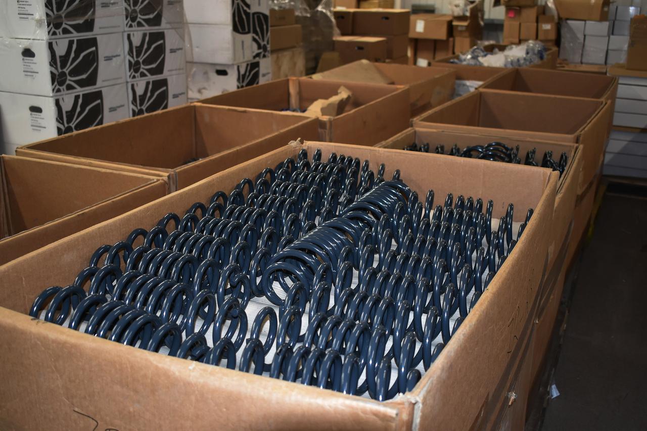 画像2: 商品倉庫
