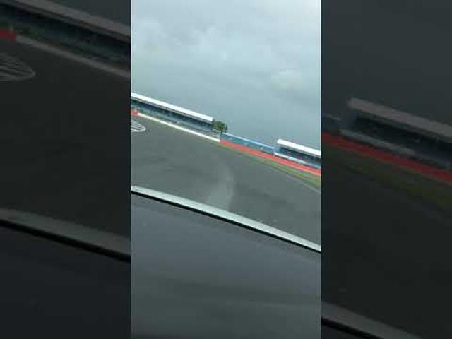 画像: RacingLIne トラックエクスペリエンス youtu.be