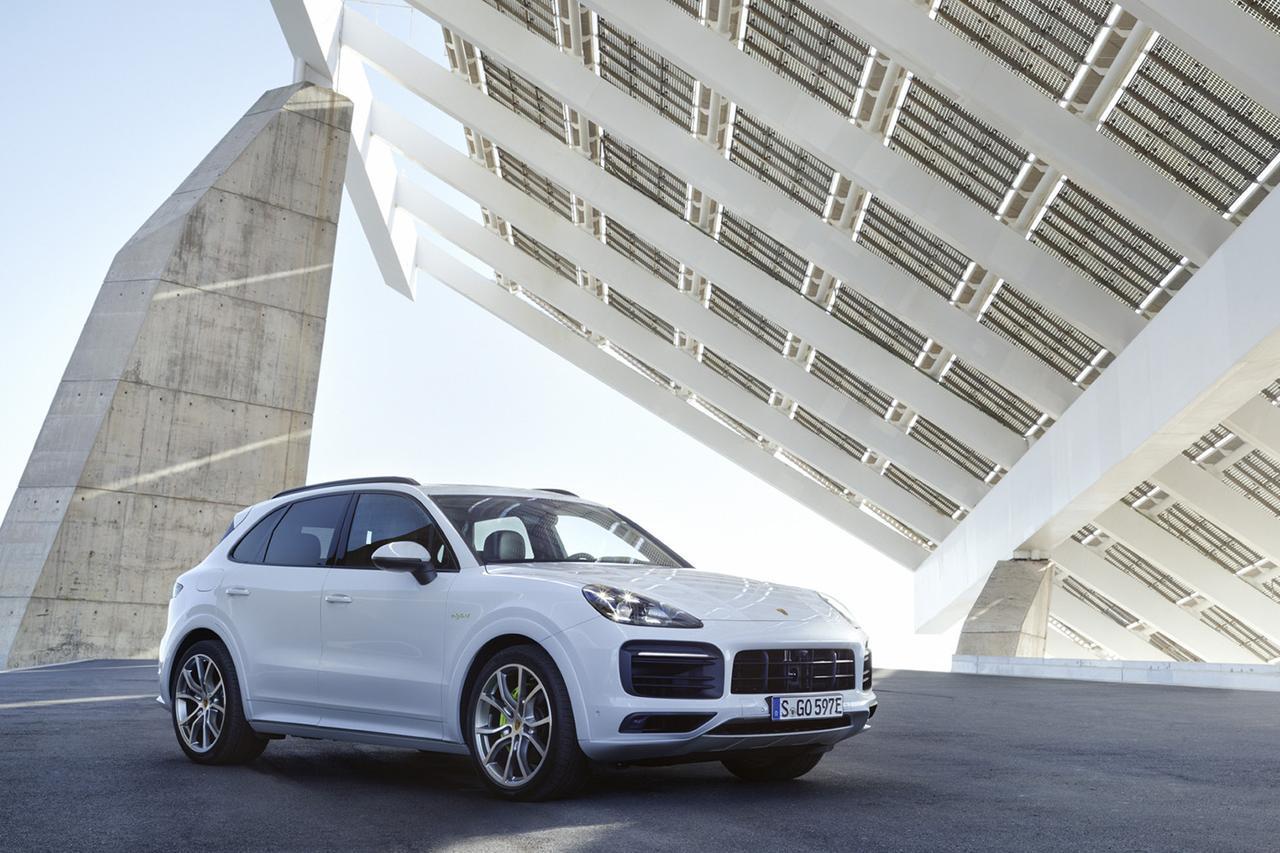 画像: 「カイエン」にプラグインハイブリッド車追加 - 8speed.net VW、Audi、Porscheがもっと楽しくなる自動車情報サイト