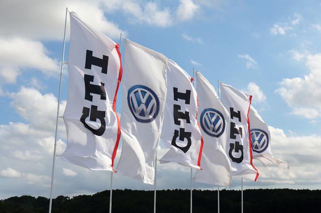 画像1: 「GTI Driving Experience」を岡山国際サーキットで開催