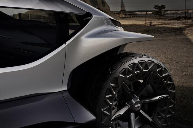 画像2: フランクフルトショーで「Audi AI:TRAIL quattro」を公開