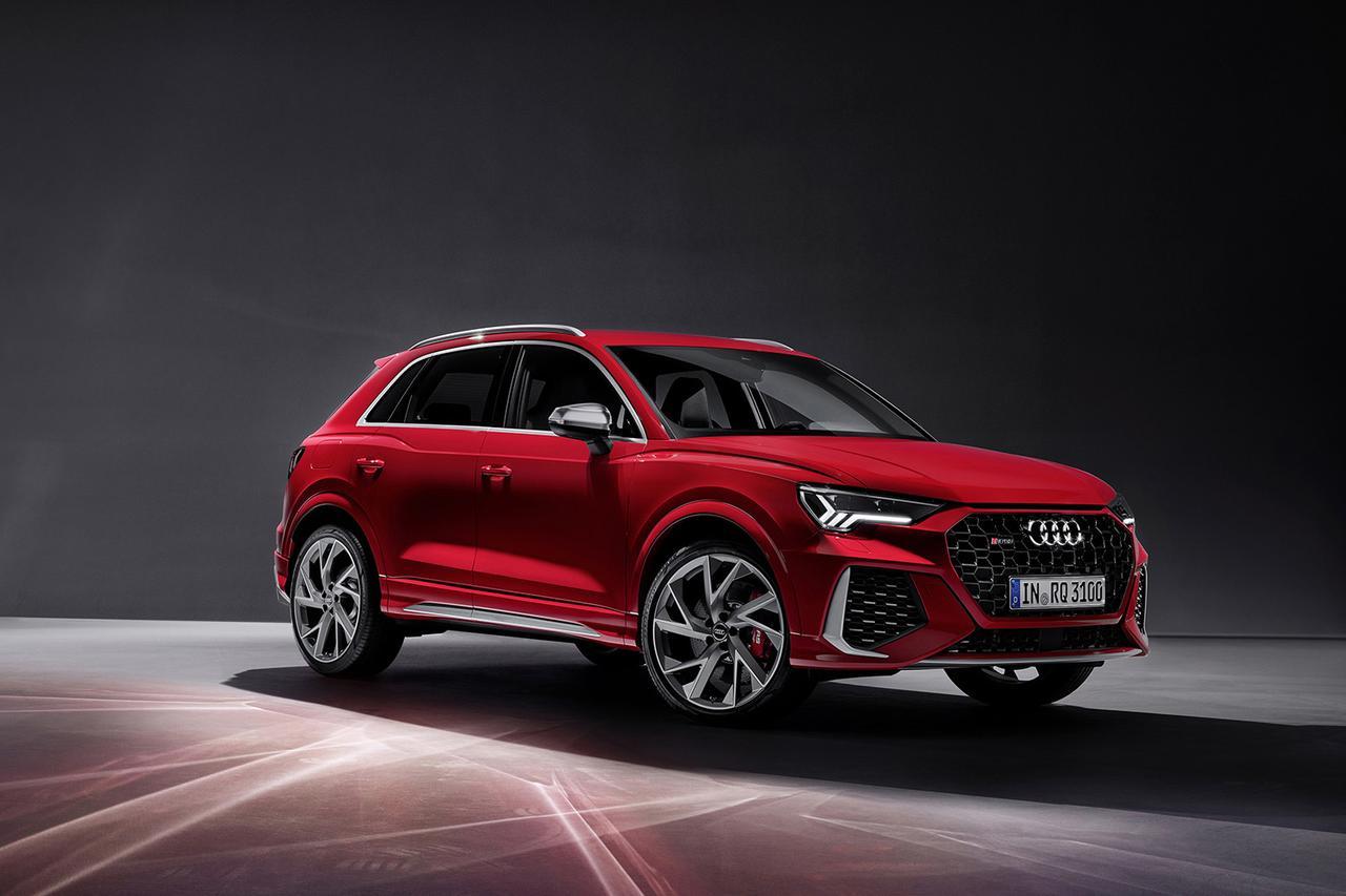 画像1: Audi RS Q3