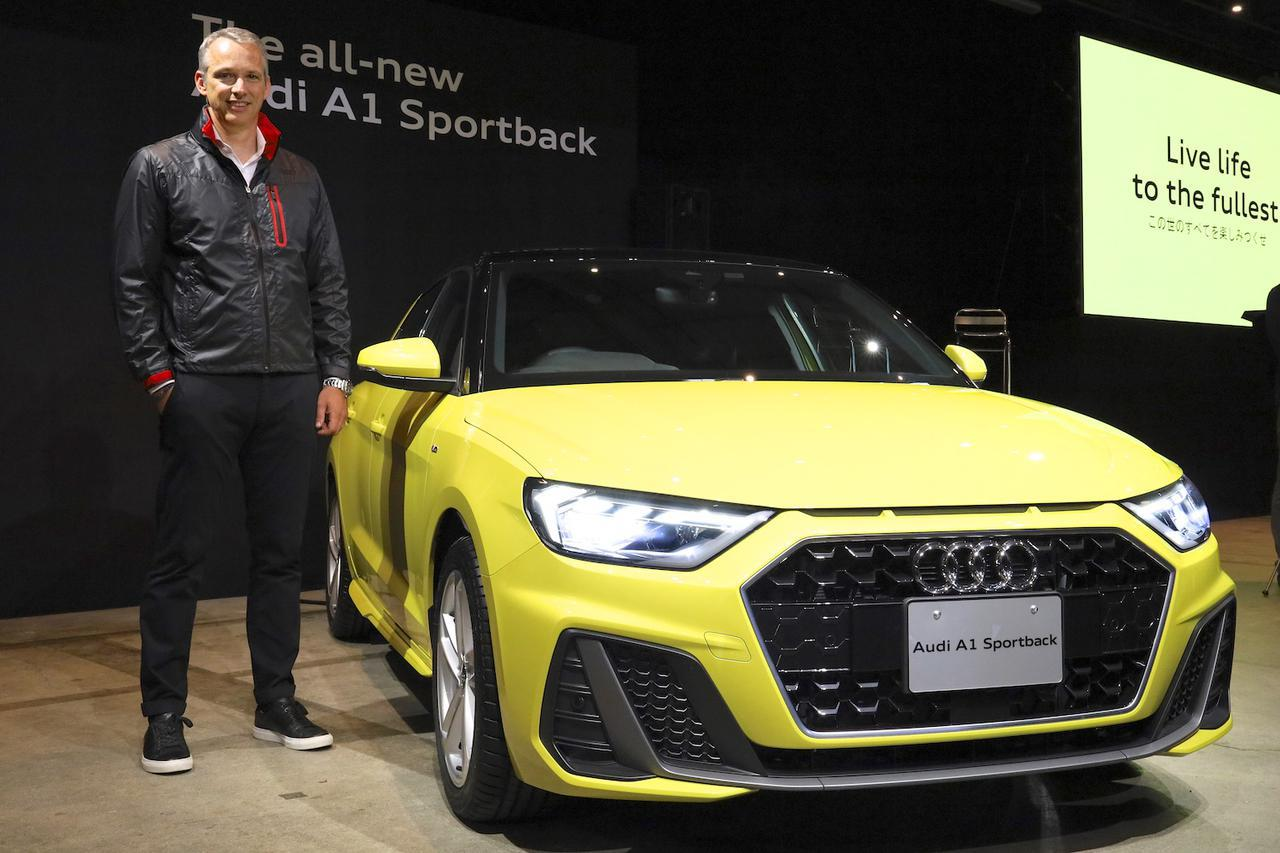 画像1: 「The all-new Audi A1 Sportback Press Conference」で新型Audi A1 Sportbackを紹介したフィリップ・ノアック社長