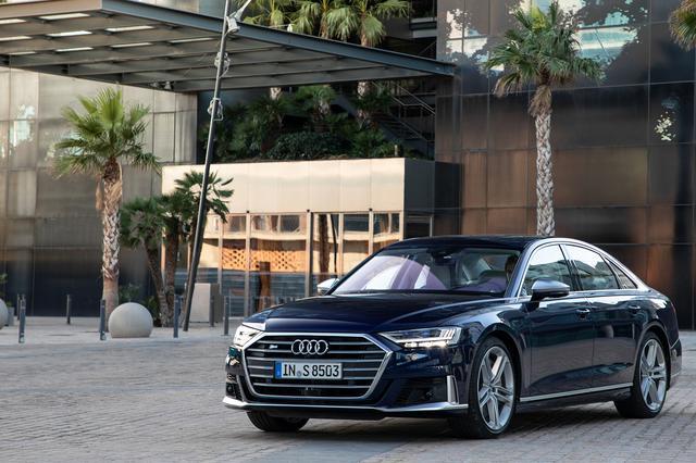 画像1: 新型「Audi S8」登場