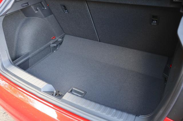 画像4: 【ミニ試乗記】Audi A1 Sportback 35 TFSI Advance
