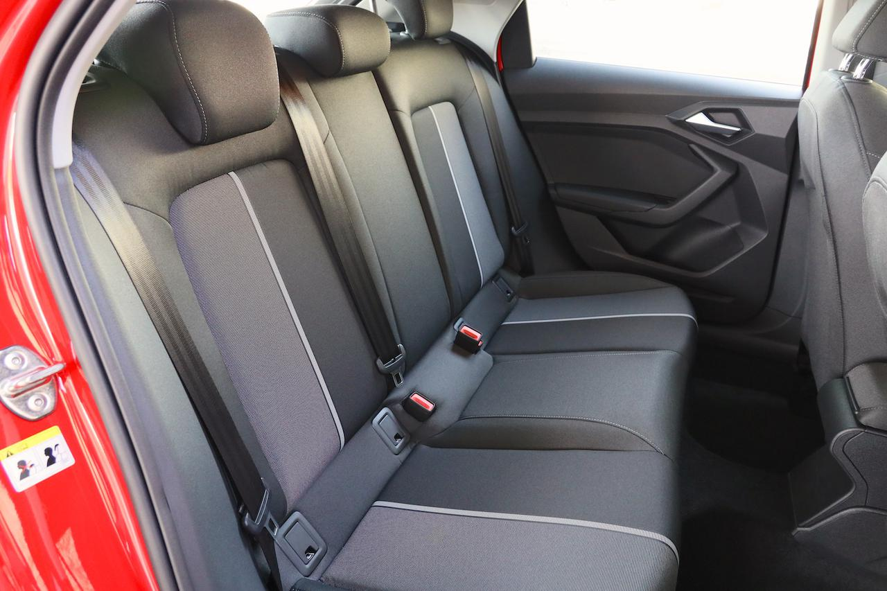 画像6: 【ミニ試乗記】Audi A1 Sportback 35 TFSI Advance