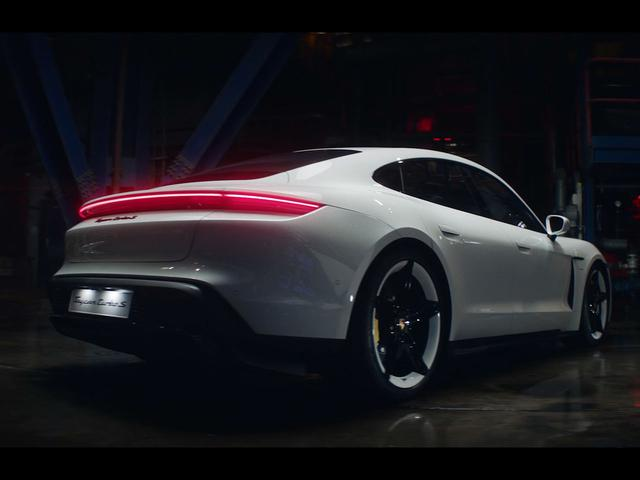 画像: Porsche Taycan - ポルシェジャパン