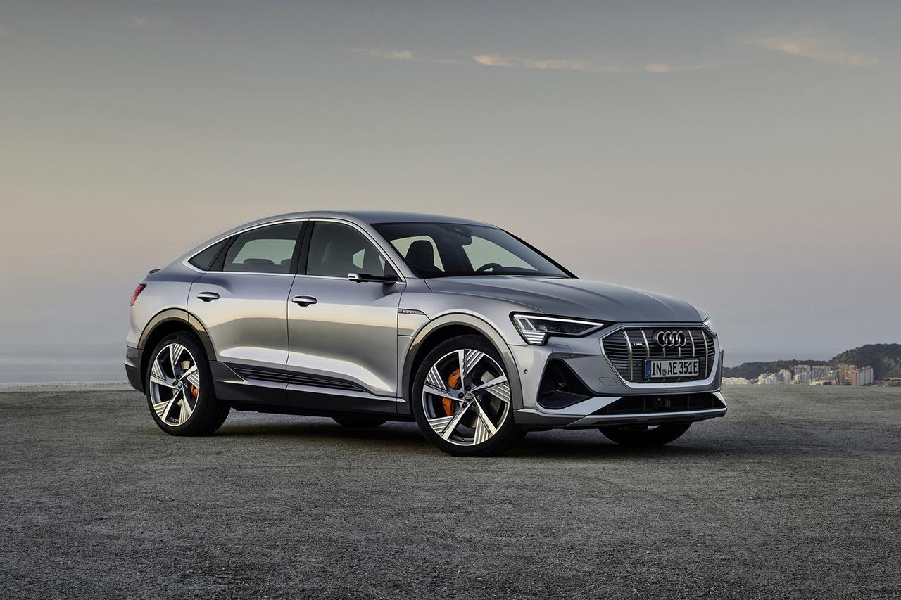 画像2: 「Audi e-tron Sportback」がLAショーでデビュー