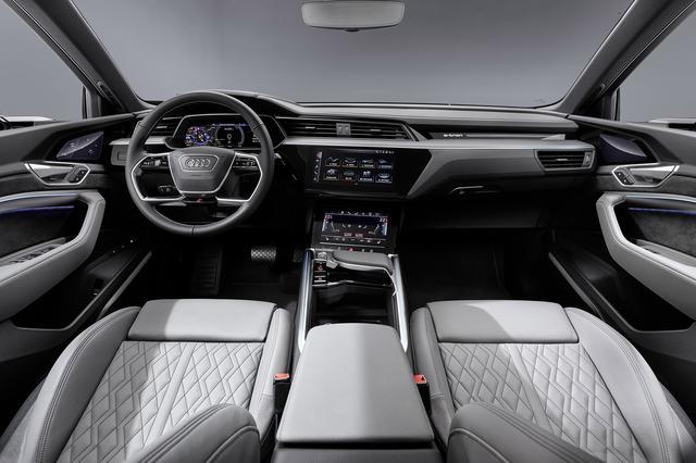 画像3: 「Audi e-tron Sportback」がLAショーでデビュー