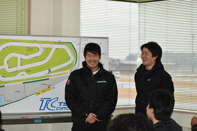 画像: (左)根本プロ (右)山口プロ