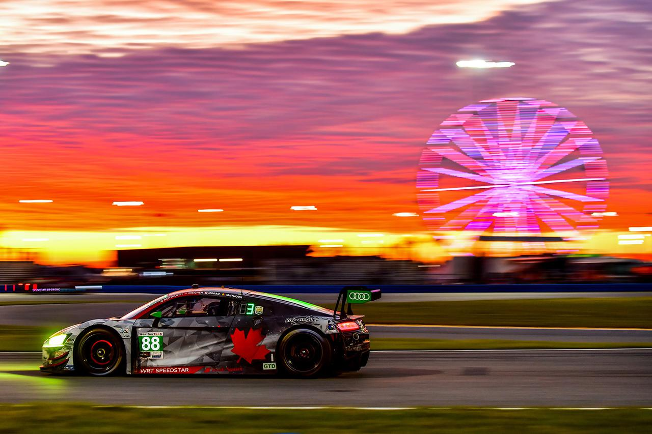 画像1: Audi R8 LMSがデイトナ24時間のGTDクラスで表彰台