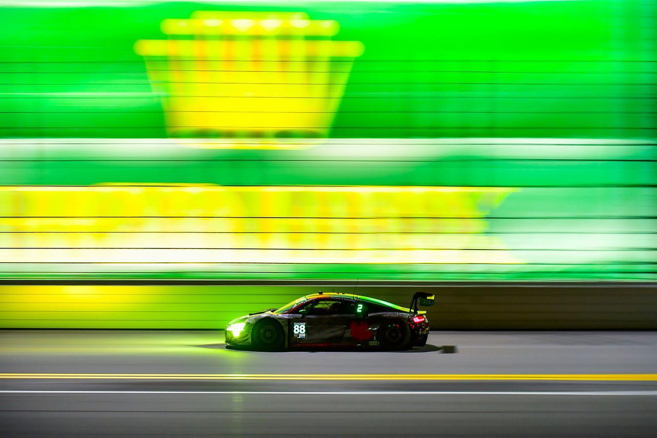 画像3: Audi R8 LMSがデイトナ24時間のGTDクラスで表彰台