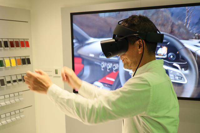 画像: VRで新車の体験が可能