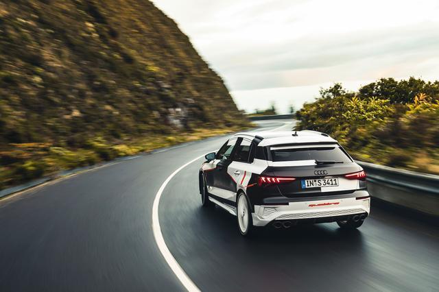 画像10: カムフラージュされた新型「Audi A3 Sportback」の写真公開