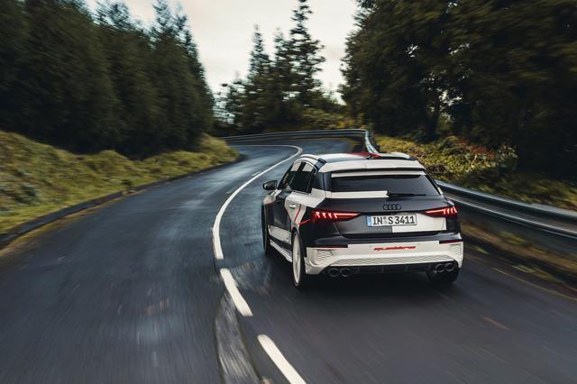 画像11: カムフラージュされた新型「Audi A3 Sportback」の写真公開