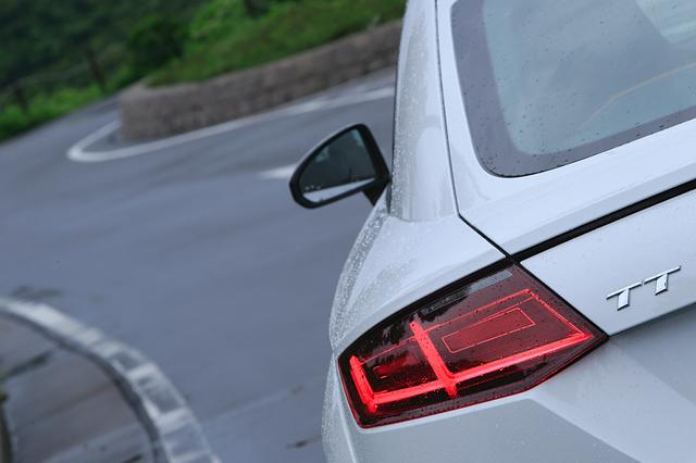 画像1: 【試乗記】Audi TT Coupe 2.0 TFSI quattro[再]
