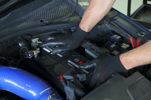 画像10: 【GTI Clubsport】バッテリーテストで救われた!