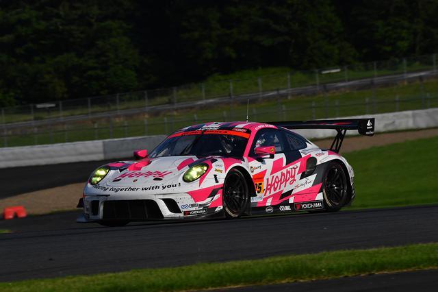 画像: #25 HOPPY Porsche(松井孝允/佐藤公哉)