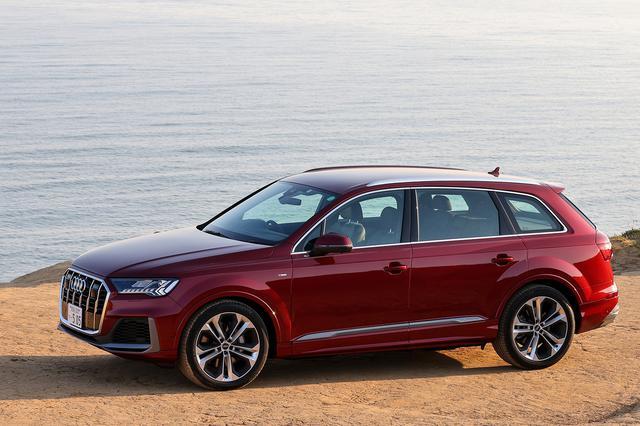 画像1: Audi Q7 55 TFSI quattro S line