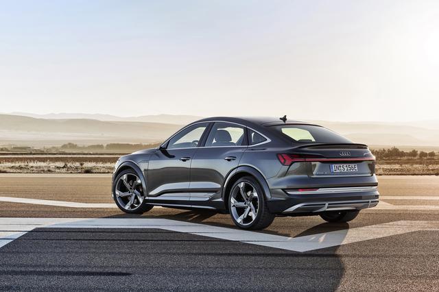 画像2: Audi e-tron S Sportback