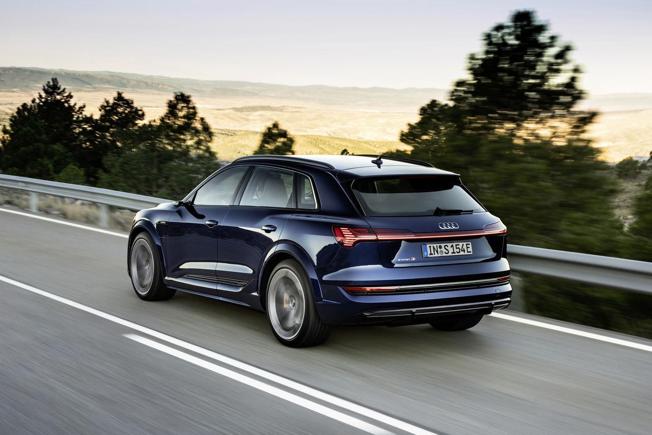 画像2: Audi e-tron S