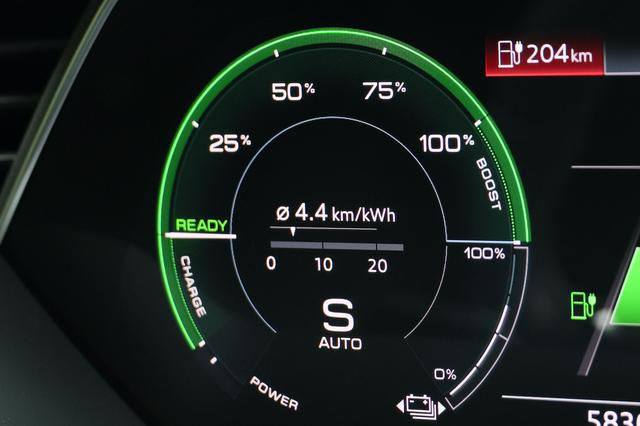 画像8: 【試乗記】Audi e-tron Sportback 1st edition