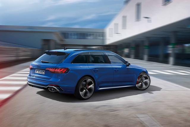 画像2: Audi RS 4 Avant RS 25 years