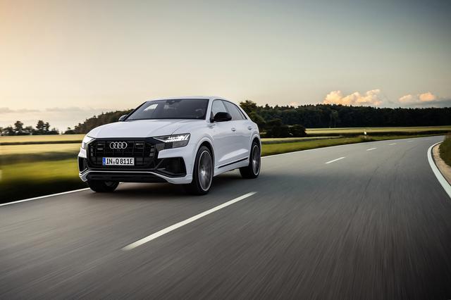 画像1: システム出力はe-tron超えの462ps! 「Audi Q8」にPHEVモデル登場