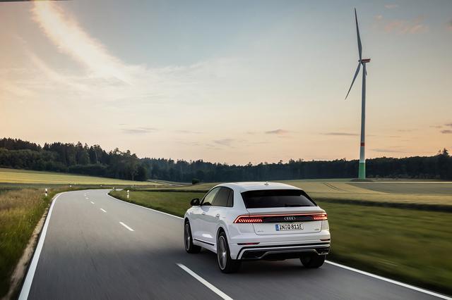 画像4: システム出力はe-tron超えの462ps! 「Audi Q8」にPHEVモデル登場