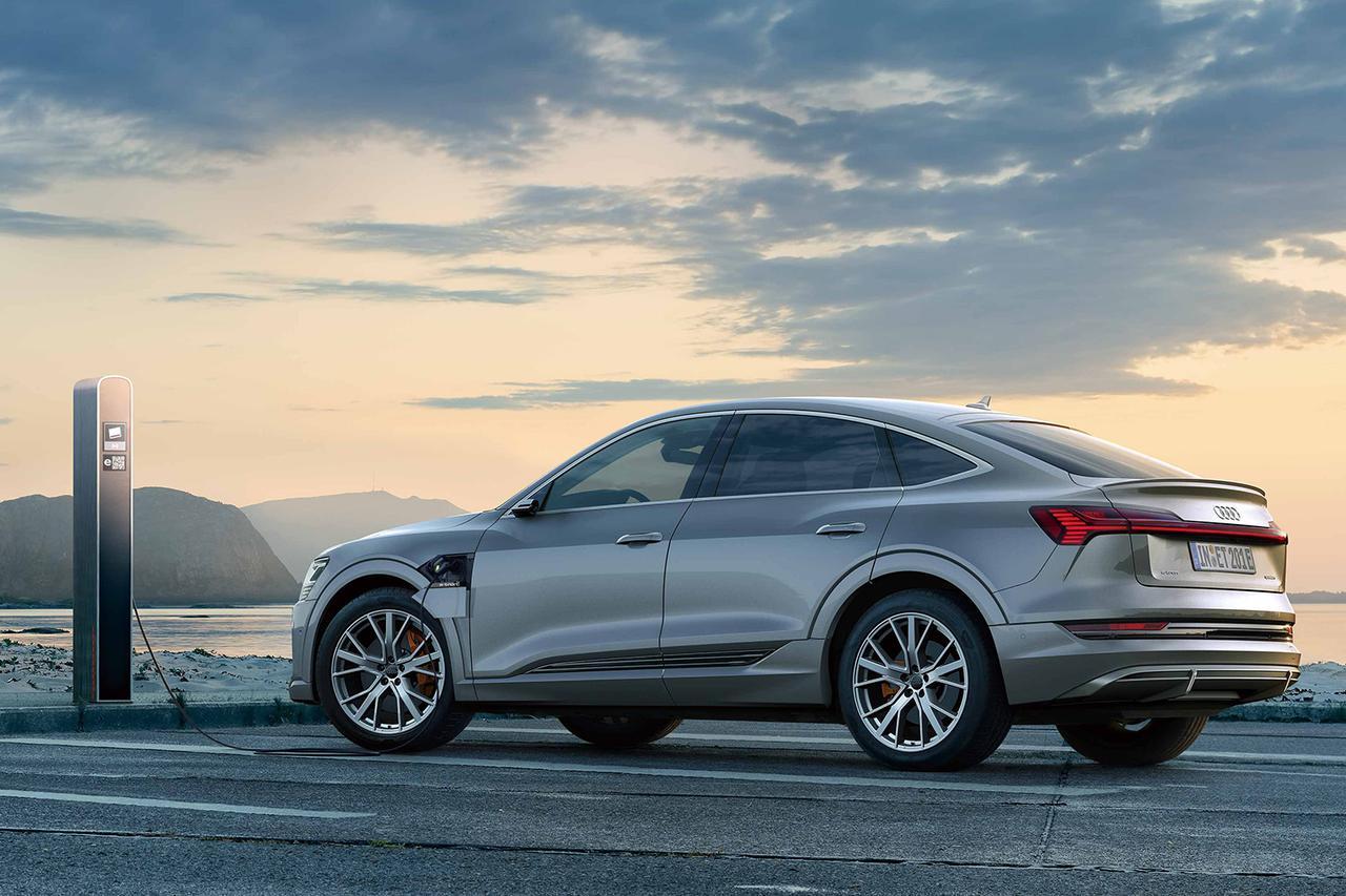 画像2: Audi e-tron Sportbackで急速充電の旅